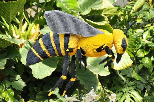 Lego Art At Lauritzen Gardens Omaha