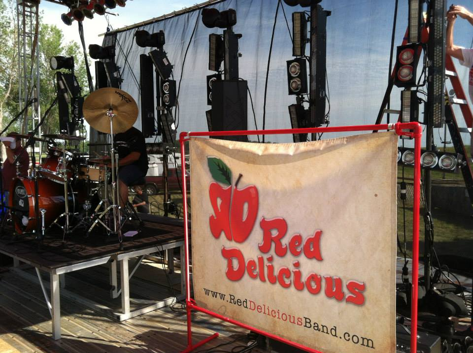 Red Delicious Band Omaha